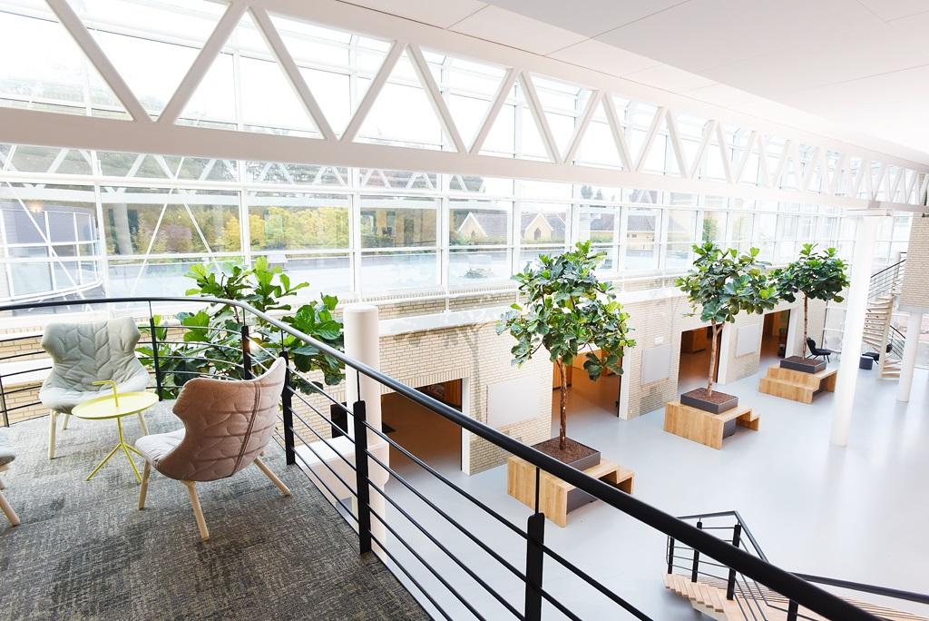 XL-objecten-open-ruimte-interieur_plantenbakken.jpg
